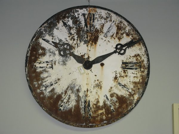 Antique clock 1 Actual Size Image