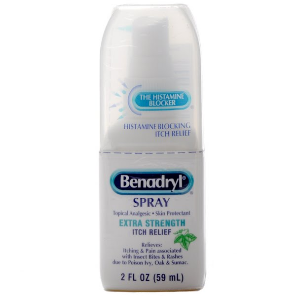 Benadryl itch spray Actual Size Image