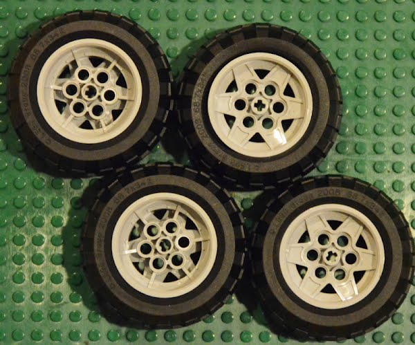 Lego 68.7 x 34 R wheel and tyre Actual Size Image
