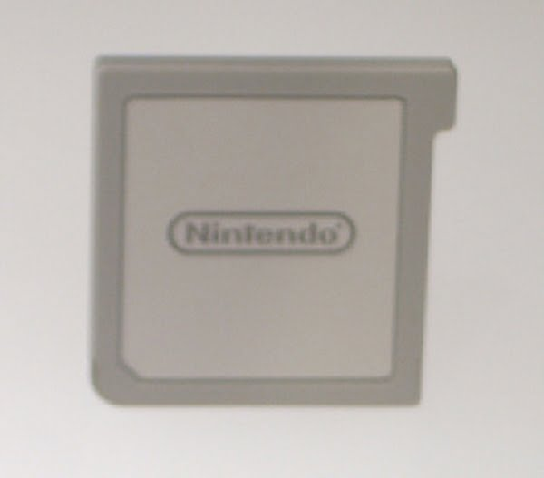 Nintendo 3DS Cartridge  Actual Size Image